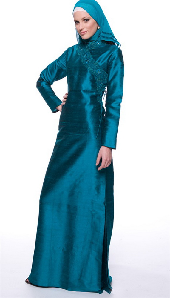 http://www.forlifeandstyle.com/wp-content/uploads/2012/11/islamic-clothing-for-women-_05.jpg