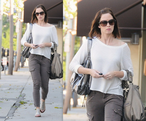 Emily-Blunt-Hairstyles-2012_14