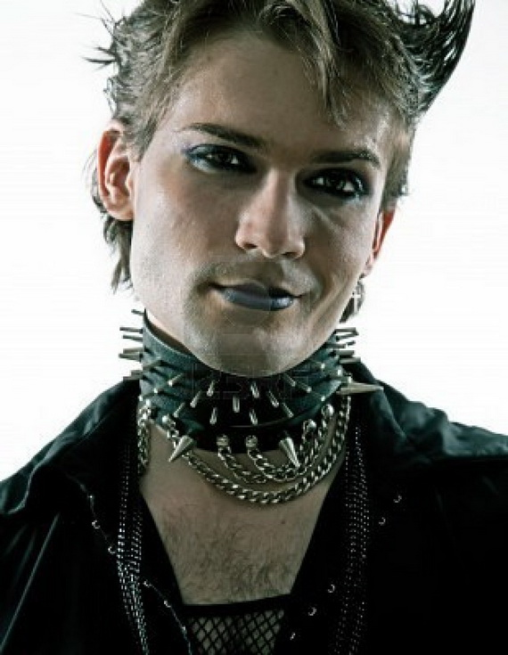 Hairstyles For Goth Guys : Gothic Hairstyles for Men - for life and style