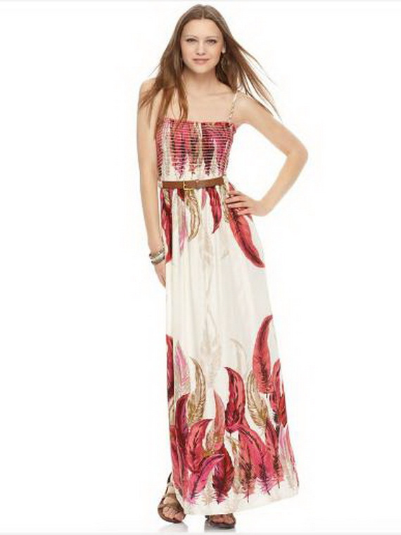 With women's maxi dresses from Express, you're on trend and ready for anything. Perfect for parties, happy hours, brunches and beyond, we have maxi dresses available in a style you love. Whether you like short sleeves or no sleeves, boho stripes or sweet florals, Express has a maxi dress for you.