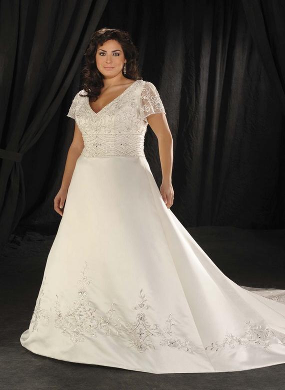 Plus-size-wedding-dresses_09
