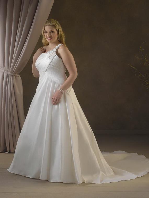 Plus-size-wedding-dresses_20